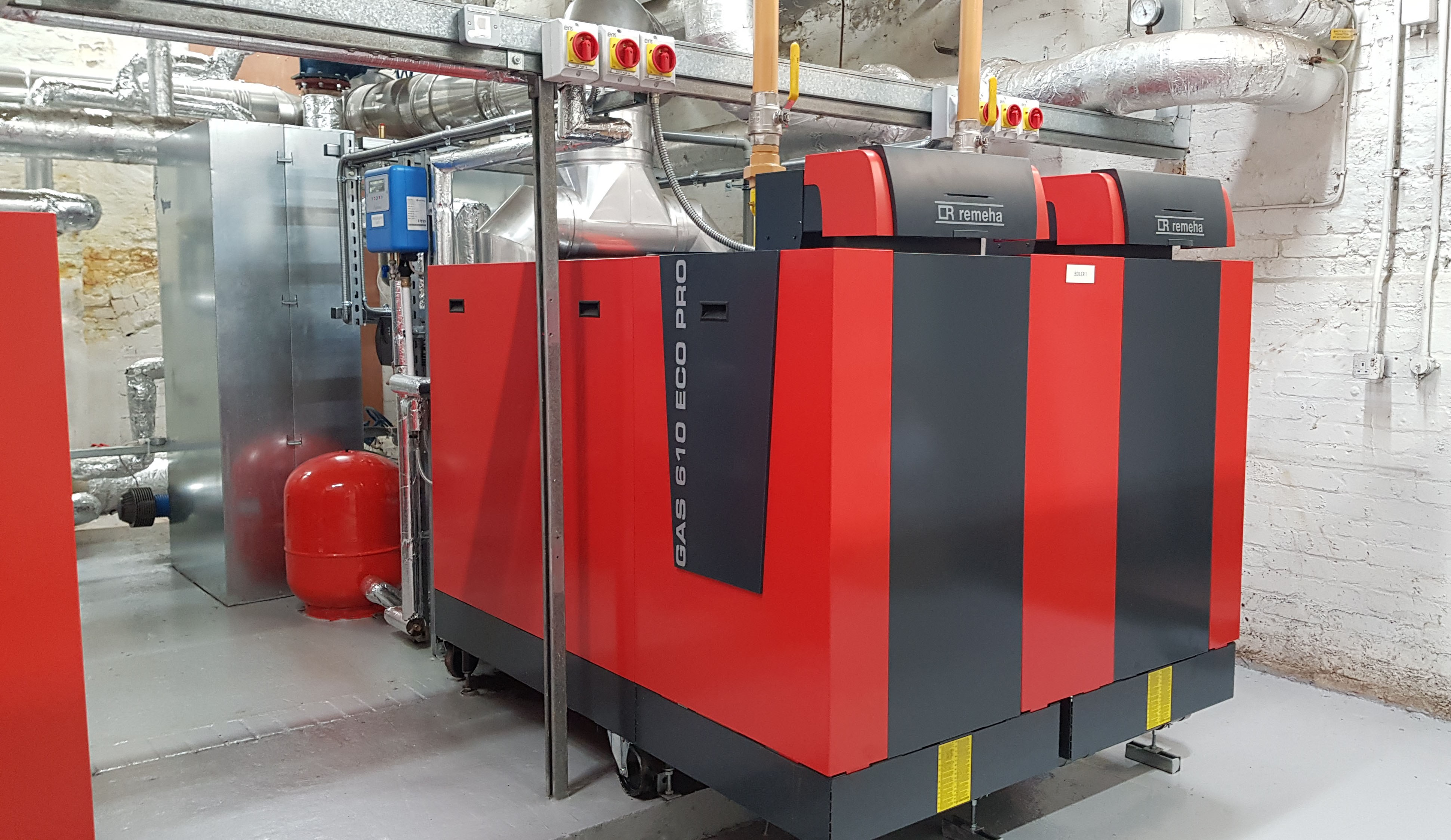 New Boilers with Plate Heat Exchangers at Thomas More School